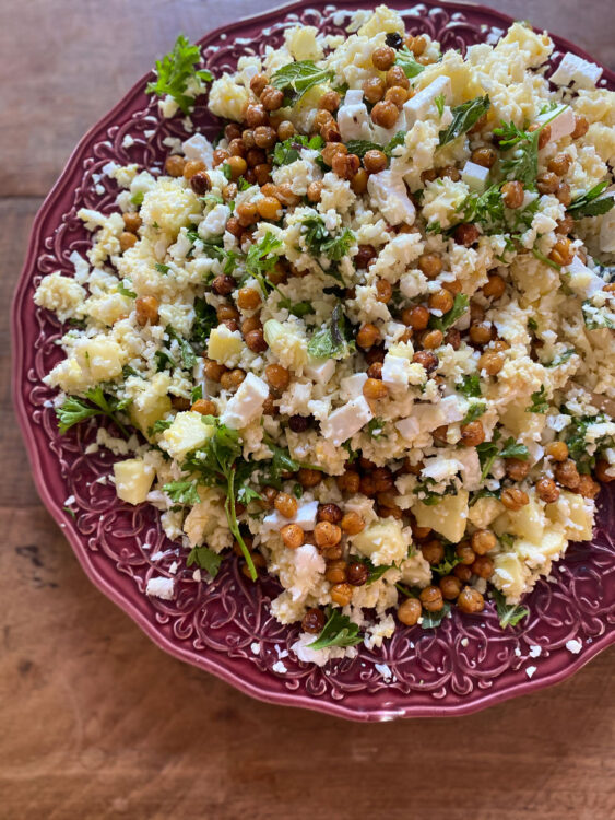 Bloemkoolrijst met kikkererwten salade