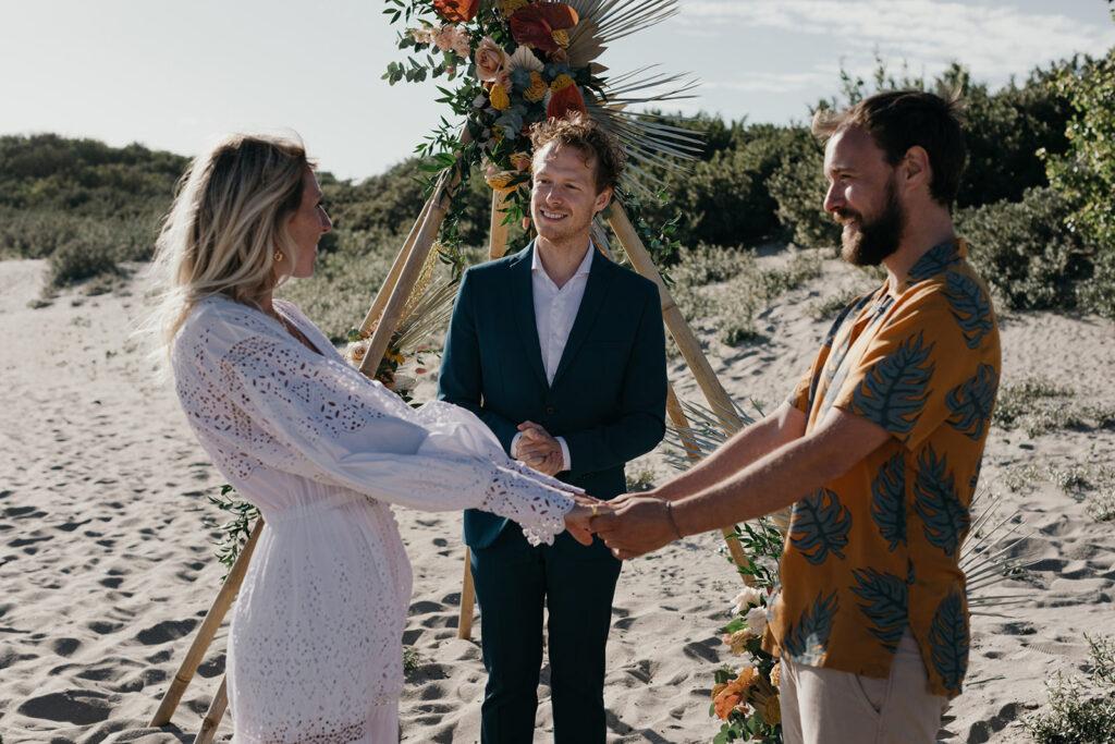 Duurzame strand bruiloft